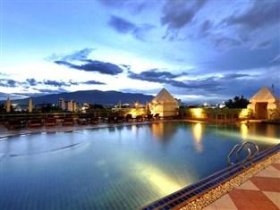 センタラ ドゥアングタワン ホテル (Centara Duangtawan Hotel)