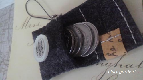 felt camera coin case-5