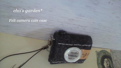 felt camera coin case-3