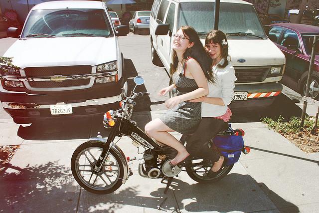 moped000004.jpg