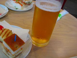 生ビールはサッポロでグー(v≧∀≦)-☆