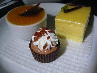 チョコレートの甘さが刺激的だったそうな(^皿^♪)