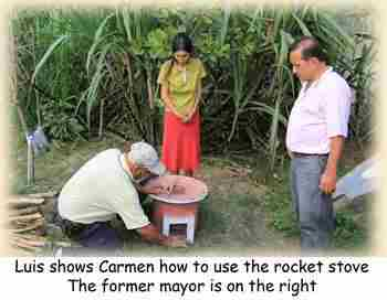 Newsletter-2014-may-03-Rocket-stove.jpg