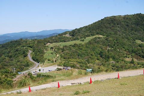 茶臼山登山道が
