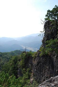 瀬戸岩すごい絶壁