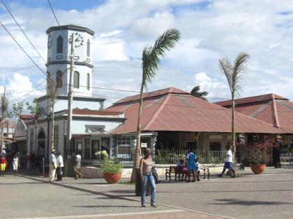 ファルマス中心地_convert_20120630164242