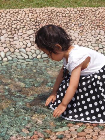 公園の水 (2)