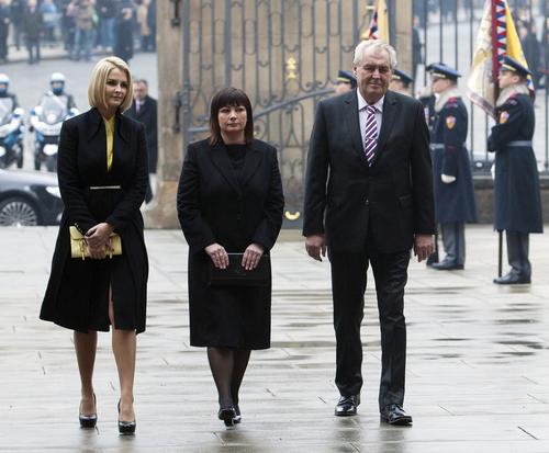 現大統領ミロシュゼマンとその家族