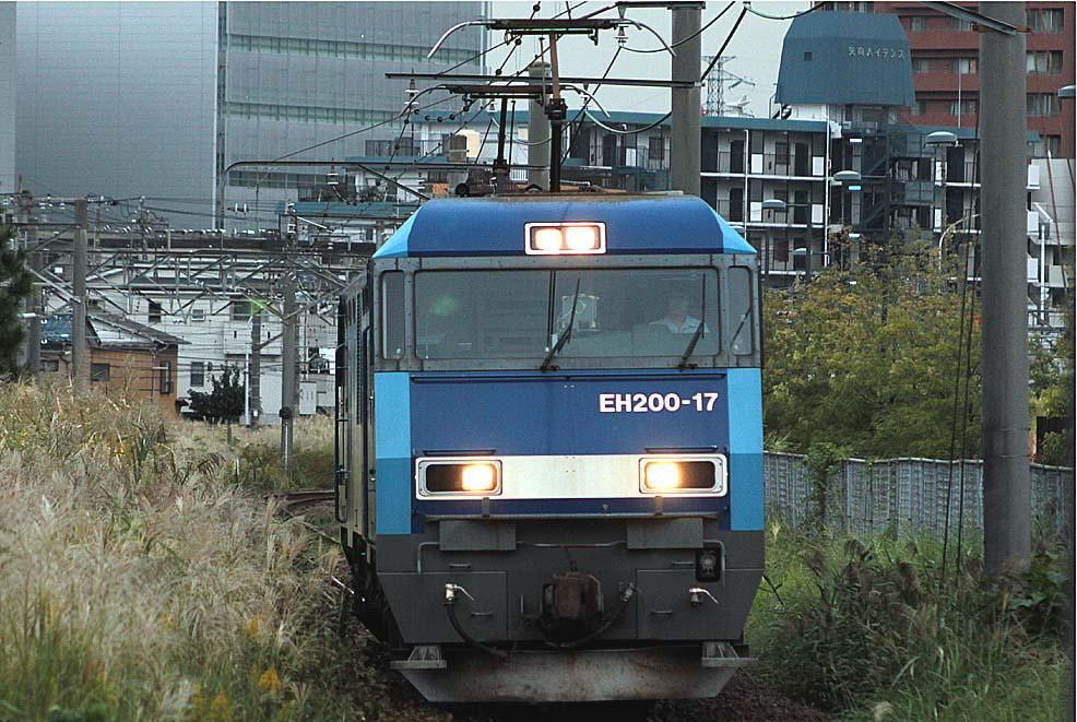 12-10-12-EH200-17.jpg