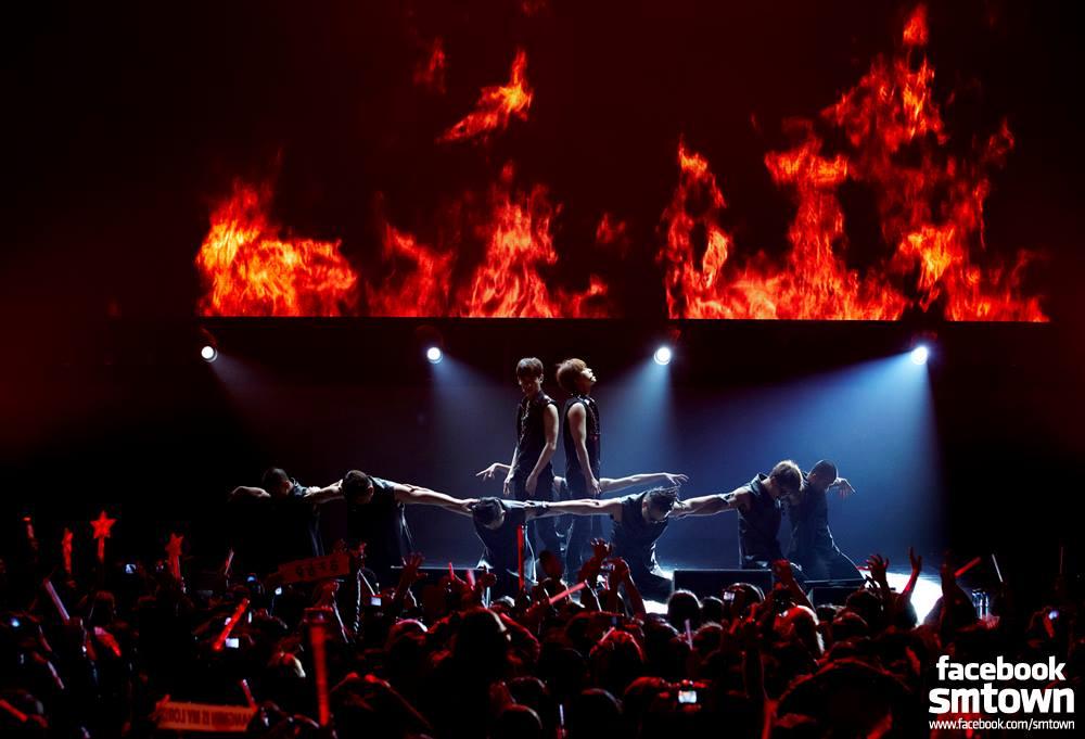 TVXQ LIVE WORLD TOUR Catch Me in SANTIAGO