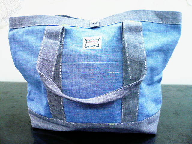 INTERFACE CHAMBRAY TOTE BAG