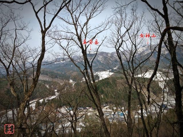 m31065hg4n_09.jpg