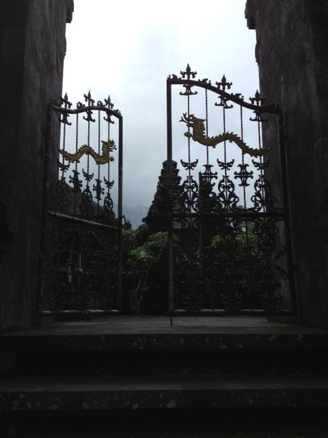 BALI_ブサキ寺院_05