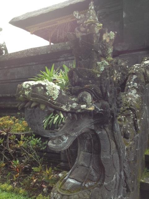 BALI_ブサキ寺院_06