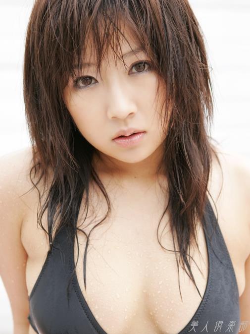 愛川ゆず季 プロレスへ転向した異色のグラビアアイドル画像120枚 アイコラ ヌード おっぱい お尻 エロ画像075a.jpg