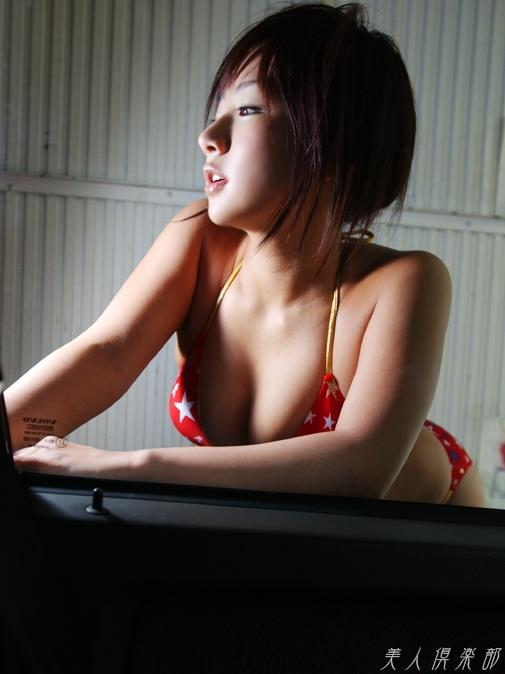 愛川ゆず季 プロレスへ転向した異色のグラビアアイドル画像120枚 アイコラ ヌード おっぱい お尻 エロ画像081a.jpg