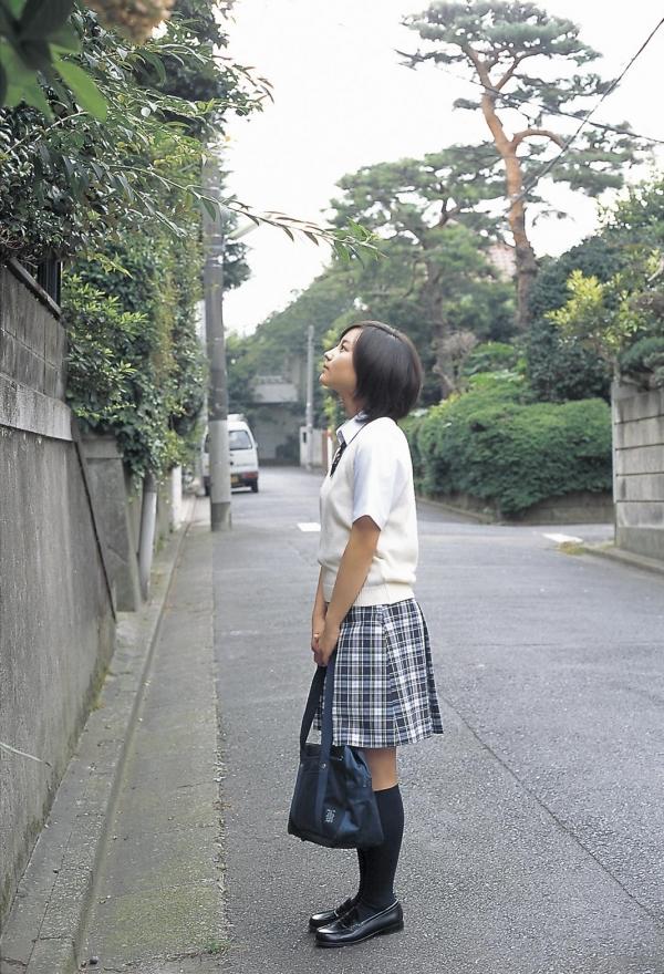 女優 掘北真希 既に映画TVで大活躍。18歳頃のグラビア画像50枚 アイコラ ヌード おっぱい お尻 エロ画像014a.jpg