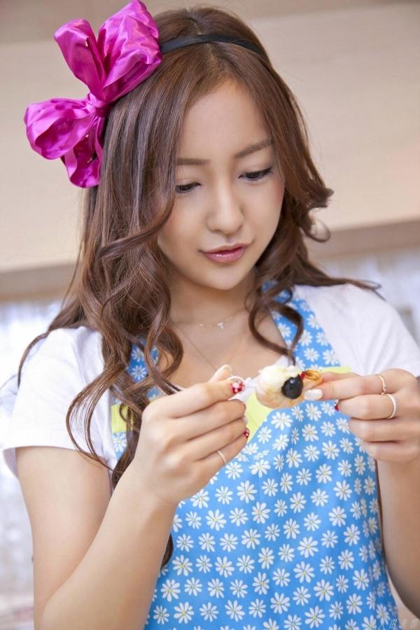 AKB48 板野友美×前田敦子 AKB48時代の水着SEXY画像など65枚 アイコラ ヌード おっぱい お尻 エロ画像b003a.jpg