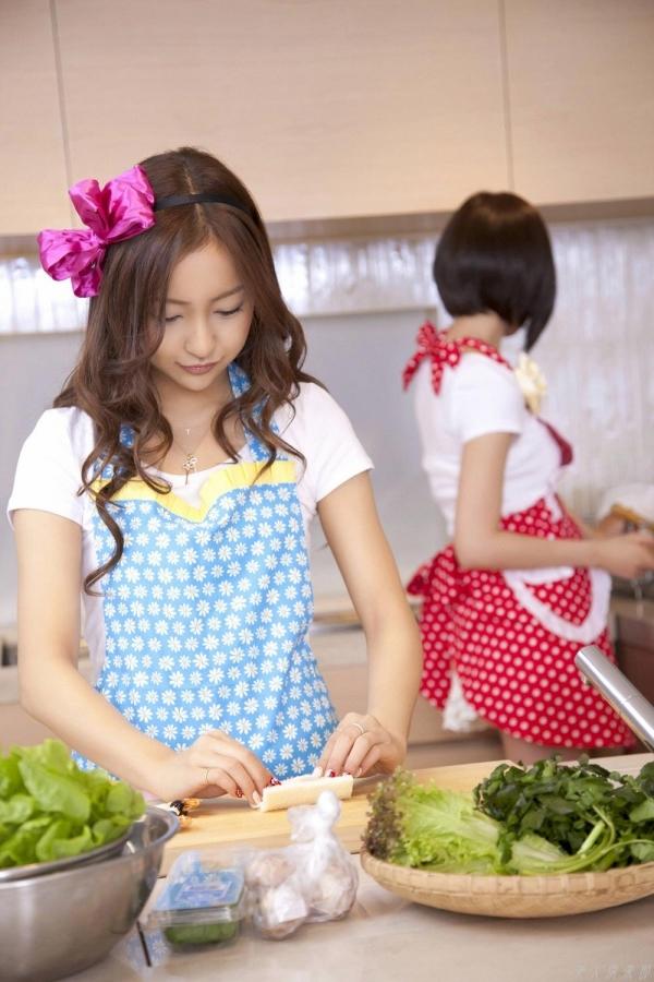 AKB48 板野友美×前田敦子 AKB48時代の水着SEXY画像など65枚 アイコラ ヌード おっぱい お尻 エロ画像b006a.jpg