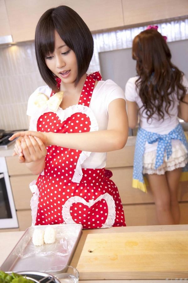 AKB48 板野友美×前田敦子 AKB48時代の水着SEXY画像など65枚 アイコラ ヌード おっぱい お尻 エロ画像b008a.jpg