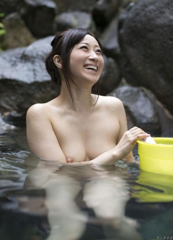 川上ゆう 温泉湯けむりの熟女ヌード画像128枚の101枚目