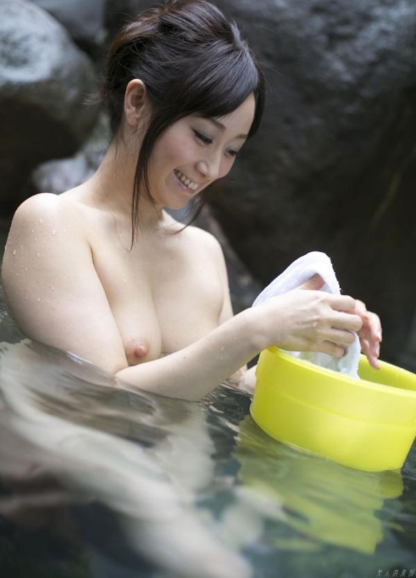 川上ゆう 温泉湯けむりの熟女ヌード画像128枚の103枚目