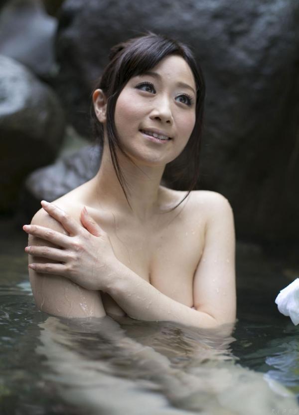 川上ゆう 温泉湯けむりの熟女ヌード画像128枚の105枚目