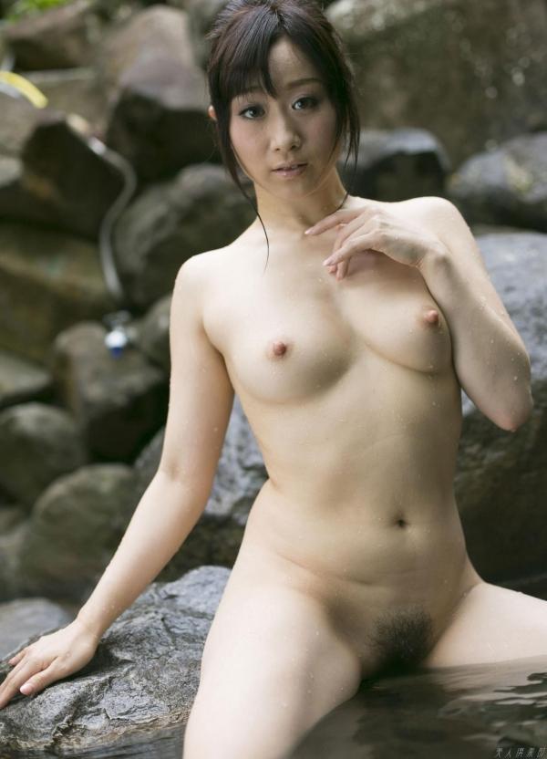 川上ゆう 温泉湯けむりの熟女ヌード画像128枚の124枚目