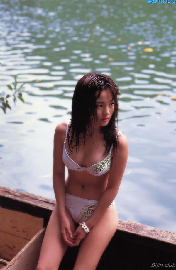 女優 国仲涼子 向井理が惚れた美ボディの貴重な水着画像85枚 アイコラ ヌード おっぱい お尻 エロ画像039a.jpg