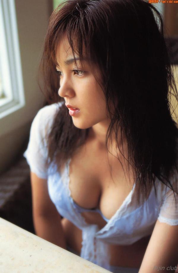 女優 国仲涼子 向井理が惚れた美ボディの貴重な水着画像85枚 アイコラ ヌード おっぱい お尻 エロ画像043a.jpg