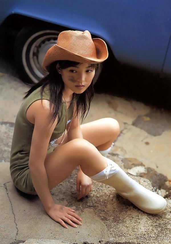 女優 国仲涼子 向井理が惚れた美ボディの貴重な水着画像85枚 アイコラ ヌード おっぱい お尻 エロ画像060a.jpg