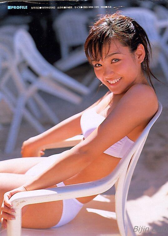 女優 国仲涼子 向井理が惚れた美ボディの貴重な水着画像85枚 アイコラ ヌード おっぱい お尻 エロ画像062a.jpg