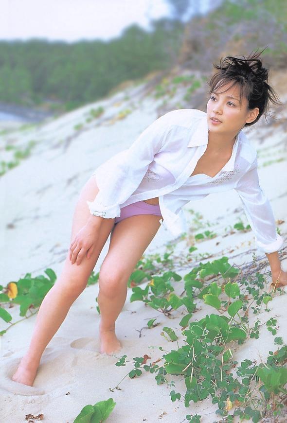 女優 国仲涼子 向井理が惚れた美ボディの貴重な水着画像85枚 アイコラ ヌード おっぱい お尻 エロ画像067a.jpg
