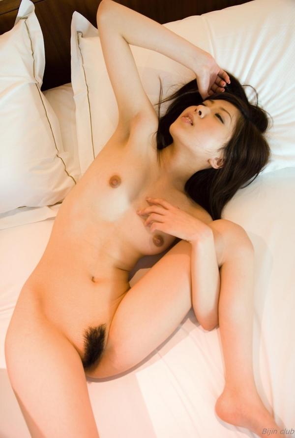 桜木凛 Cカップ美乳のスレンダー美女ヌード画像100枚の035枚目