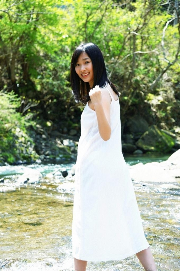 AKB48 指原莉乃 Aカップちっぱい!水着や制服など高画質な画像85枚 アイコラ ヌード おっぱい お尻 エロ画像a054a.jpg