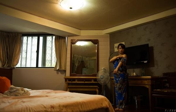 白石茉莉奈 チャイナドレスの人妻エロ画像75枚の39枚目