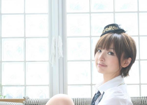 AKB48 篠田麻里子 上からマリコ麻里子様の高画質グラビア画像135枚 アイコラ ヌード おっぱい お尻 エロ画像011a.jpg