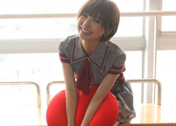 AKB48 篠田麻里子 上からマリコ麻里子様の高画質グラビア画像135枚 アイコラ ヌード おっぱい お尻 エロ画像021a.jpg