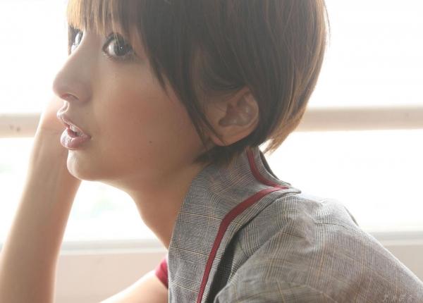 AKB48 篠田麻里子 上からマリコ麻里子様の高画質グラビア画像135枚 アイコラ ヌード おっぱい お尻 エロ画像024a.jpg