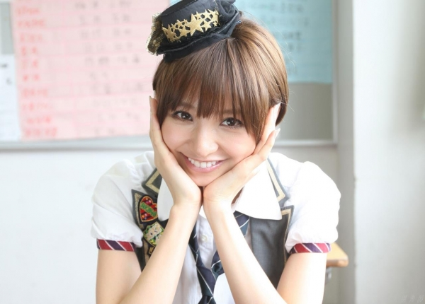 AKB48 篠田麻里子 上からマリコ麻里子様の高画質グラビア画像135枚 アイコラ ヌード おっぱい お尻 エロ画像027a.jpg