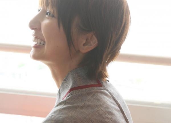 AKB48 篠田麻里子 上からマリコ麻里子様の高画質グラビア画像135枚 アイコラ ヌード おっぱい お尻 エロ画像031a.jpg