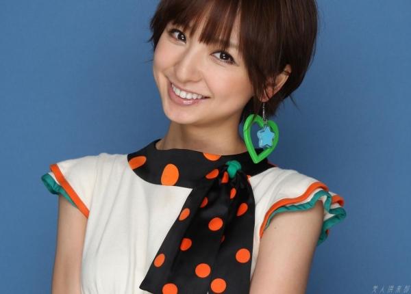 AKB48 篠田麻里子 上からマリコ麻里子様の高画質グラビア画像135枚 アイコラ ヌード おっぱい お尻 エロ画像063a.jpg