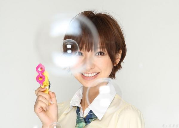 AKB48 篠田麻里子 上からマリコ麻里子様の高画質グラビア画像135枚 アイコラ ヌード おっぱい お尻 エロ画像073a.jpg
