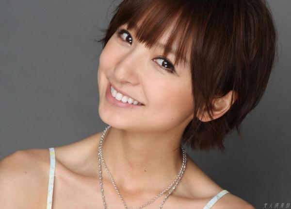 AKB48 篠田麻里子 上からマリコ麻里子様の高画質グラビア画像135枚 アイコラ ヌード おっぱい お尻 エロ画像077a.jpg