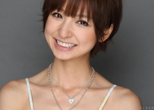 AKB48 篠田麻里子 上からマリコ麻里子様の高画質グラビア画像135枚 アイコラ ヌード おっぱい お尻 エロ画像079a.jpg