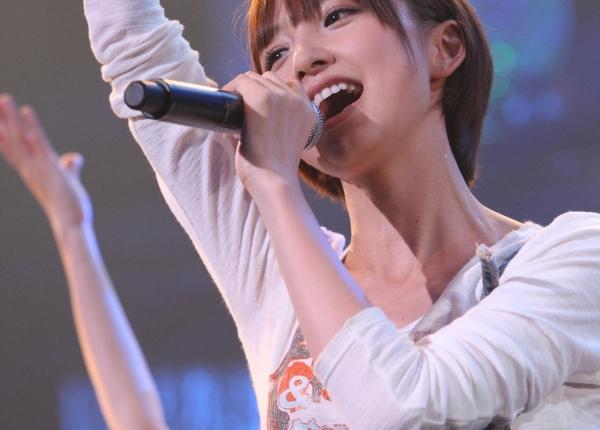 AKB48 篠田麻里子 上からマリコ麻里子様の高画質グラビア画像135枚 アイコラ ヌード おっぱい お尻 エロ画像097a.jpg