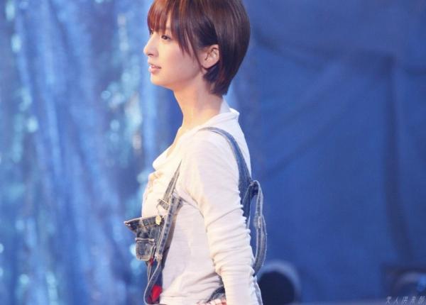 AKB48 篠田麻里子 上からマリコ麻里子様の高画質グラビア画像135枚 アイコラ ヌード おっぱい お尻 エロ画像103a.jpg