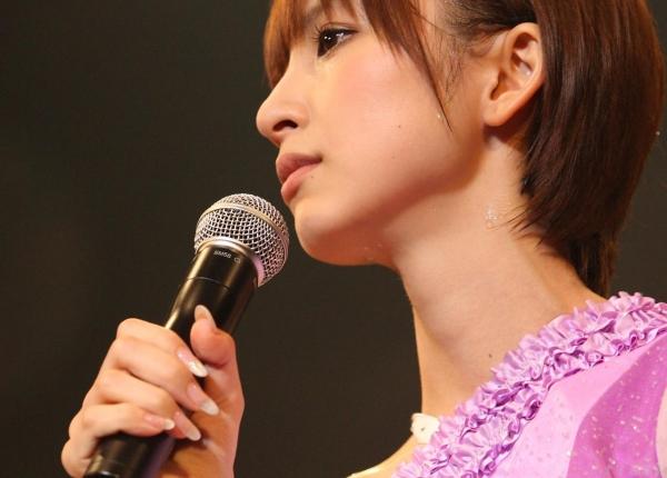 AKB48 篠田麻里子 上からマリコ麻里子様の高画質グラビア画像135枚 アイコラ ヌード おっぱい お尻 エロ画像104a.jpg