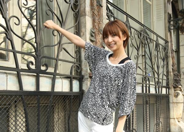 AKB48 篠田麻里子 上からマリコ麻里子様の高画質グラビア画像135枚 アイコラ ヌード おっぱい お尻 エロ画像123a.jpg