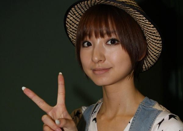 AKB48 篠田麻里子 上からマリコ麻里子様の高画質グラビア画像135枚 アイコラ ヌード おっぱい お尻 エロ画像128a.jpg